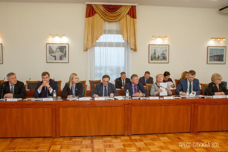 https://vologdazso.ru/upload/medialibrary/f24/f2415037d881b6aec5c4001b9b6122cb.jpg